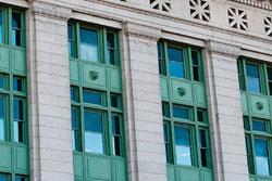 H Window